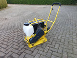 Trilplaat Strama Hatz 1B20 diesel met wielset en rubbermat _4
